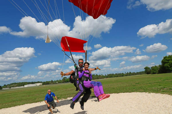 tandem student safely comes in for landing at Skydive DeLand